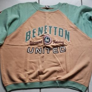 Vintage old school Benetton sweater with patch